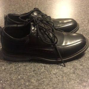 Shoes - Black Boys dress shoes.  Size 4M